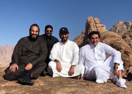 ولي العهد السعودي يعتزم تدمير 'جبل موسى' المقدس لبناء مشروع سياحي !