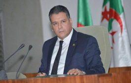 """زعيم حزب 'جبهة التحرير' يُثيرُ غضب الجزائريين: 'الله بعث بوتفليقة رسولاً لنا"""""""