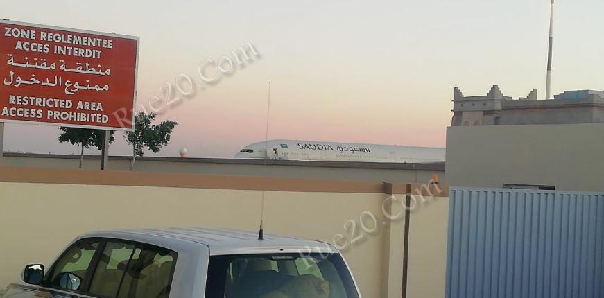 شقيق العاهل السعودي يحلُ بالداخلة رفقة عائلته وعدة أمراء على متن طائرة ملكية