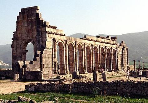 وزارة الثقافة تحذر من أعمال الحفر و الإستكشاف غير القانونية داخل المباني التاريخية !