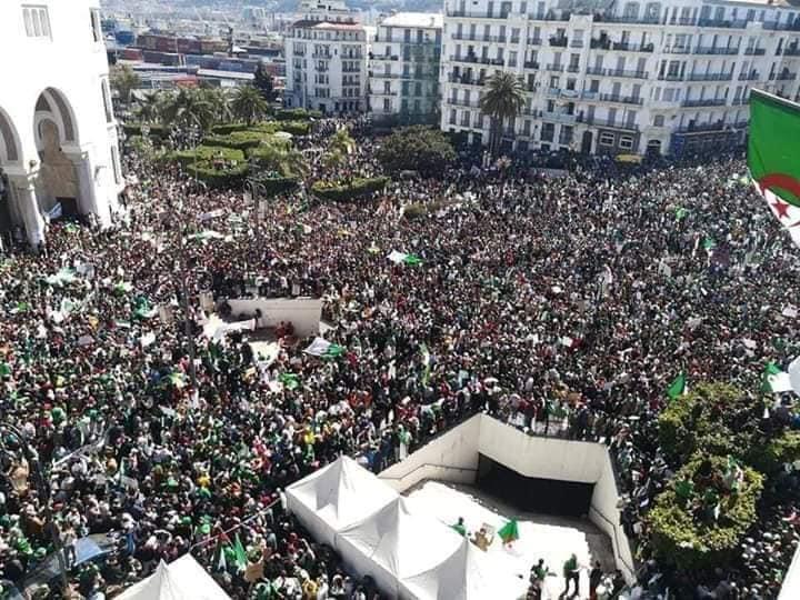 فيديو/ مئات آلاف الجزائريين يطالبون بتنحي بوتفليقة و يرفضون مناورة النظام !