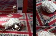 فيديو/ وفاة شيخ وهو ساجد داخل مسجد بآسفي و مواطنون يقبلون رأسه !