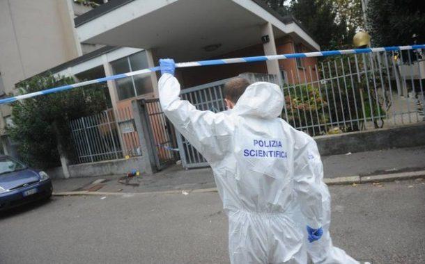 مهاجر مغربي بإيطاليا يقتل قريبته طعنا بالسكين و يجلس قرب جثتها منتظرا الشرطة !