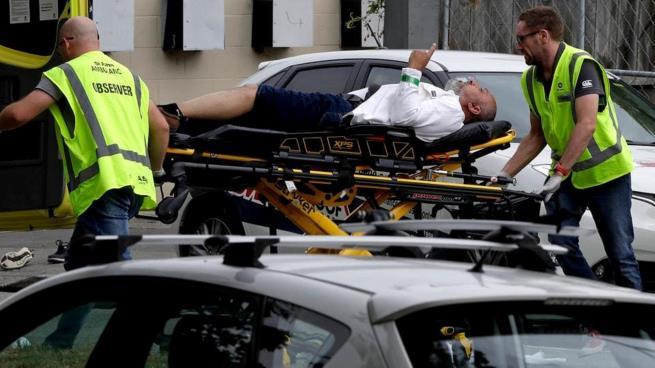 """وفاة السعودي """"رافع السبابة"""" ترفع قتلى مجزرة نيوزيلندا إلى 50 !"""