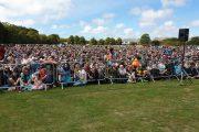 فيديو   مئات آلاف النيوزيلنديين و السياح يحجون إلى صلاة الجمعة تضامناً مع المسلمين !