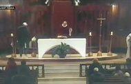 فيديو | رجل يطعن قساً أثناء قداس في كنيسة بكندا !