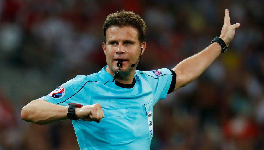 حٓكمٌ ألماني لإياب ربع نهائي أبطال أوربا بين برشلونة ومانشستر يونايتد