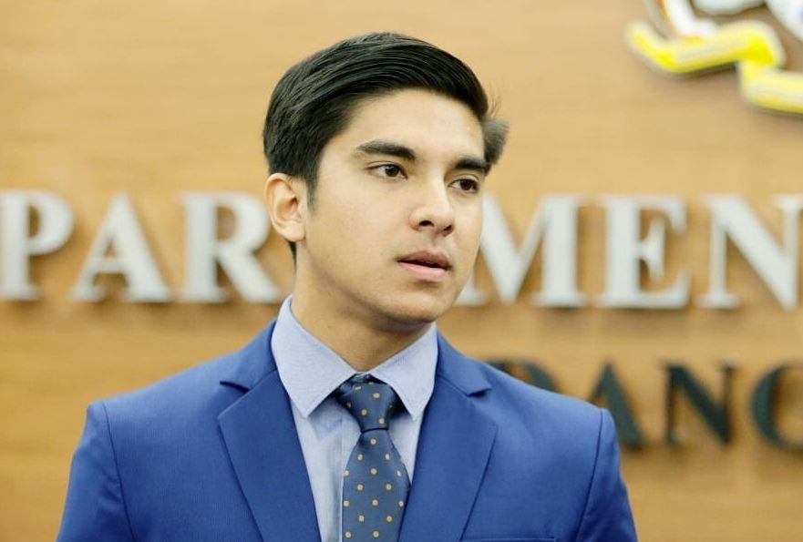 فيديو/شاهدوا وزير الشباب والرياضة الماليزي الذي لا يتعدى سنه 26 عاماً