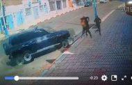 فيديو | سيارة مجنونة تدهس مواطنين بطانطان !