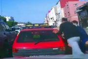 فيديو | لصوص يسرقون سيدة وهي داخل التاكسي بحي سيدي مومن بالدار البيضاء !