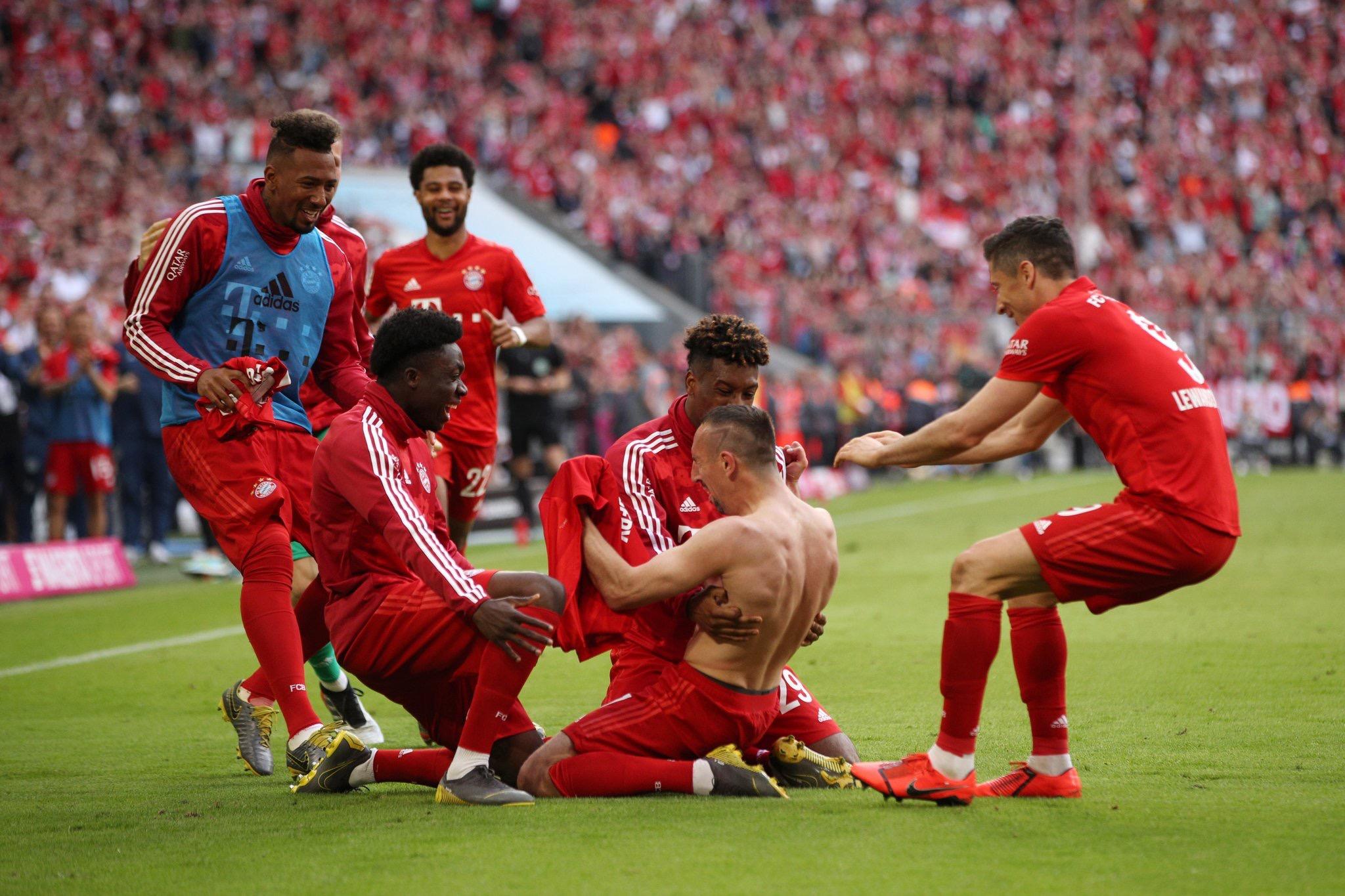 بايرن ميونيخ ينهي الصراع مع دورتموند ويحرز لقب الدوري الألماني للمرة 29 في تاريخه