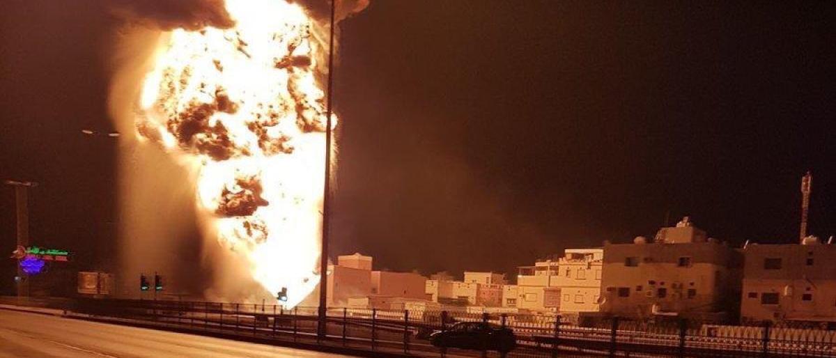 الحوثيون يُهاجمون محطتي ضخ للبترول بالسعودية بطائرات ذكية