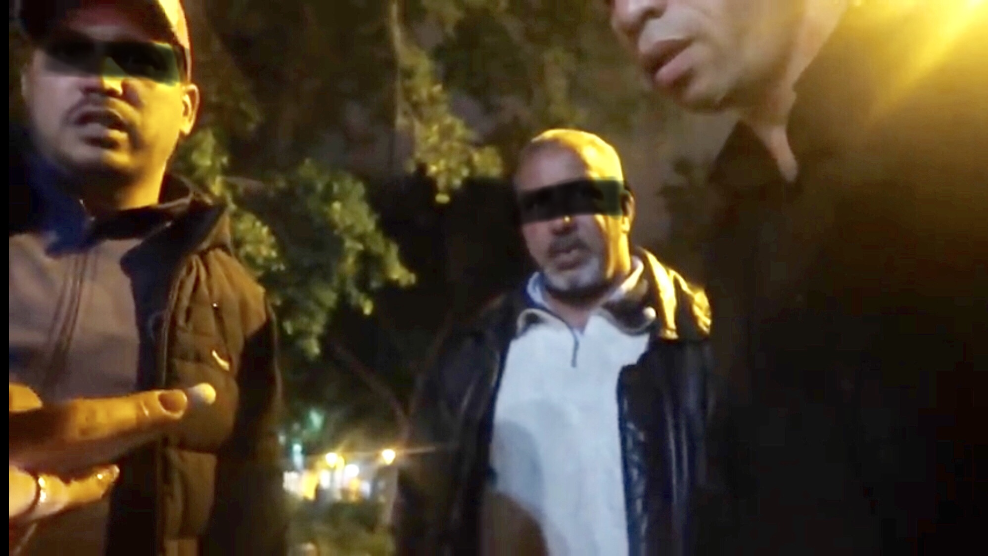 فيديو/شوفو عصابات سيارات الأجرة فمراكش آش دارين فالسياح الأجانب