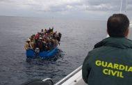 إل باييس: الهجرة السرية تراجعت عبر سواحل إسبانيا بفضل تعاون المغرب