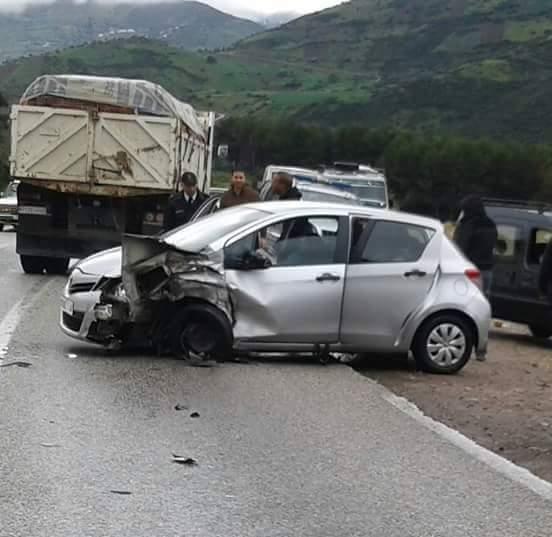 نائبة لرئيس جهة الشمال ترتكب حادثة سير خطيرة بتطوان و ترسل 3 أشخاص إلى المستشفى !