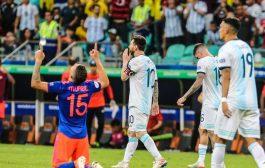 كولومبيا تُبهدلُ الأرجنتين بنجمها ميسي وتهزمها بثنائية في إفتتاح كُوبا أميريكا