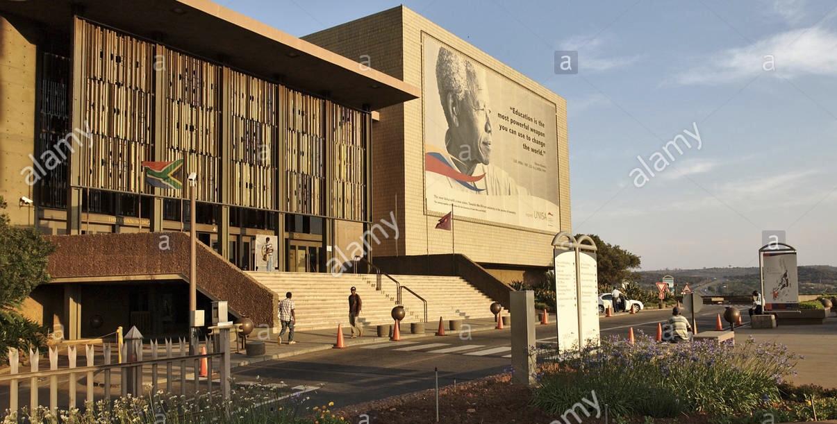 الفرنسية إلى زوال..جامعات جنوب أفريقيا تتصدرُ أفضل 5 جامعات بالقارة السمراء وغيابٌ تام للمغرب والدول الفرنكفونية