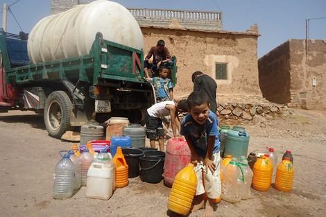 """الحكومة تلجأ إلى مياه """"الصرف الصحي"""" لمواجهة شبح العطش.. واعمارة : أزمة ندرة المياه ستستمر لسنوات !"""