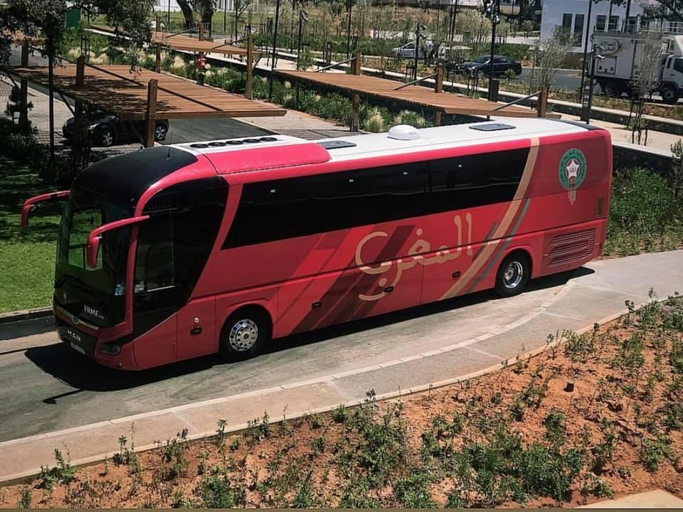 صور/ هذه هي حافلة المنتخب المغربي في كأس إفريقيا !