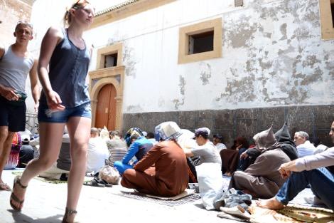 أكبر استطلاع رأي عربي : تزايد كبير في أعداد الملحدين بالمغرب !