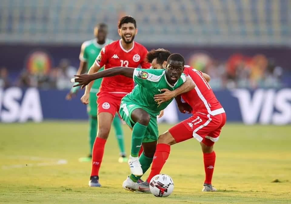 السينغال تقصي تونس و تتأهل لنهائي كأس إفريقيا !
