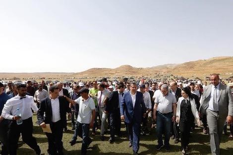 أعضاءٌ بالكونغرس الأمازيغي يُعلنون دعمهم لـ'أخنوش' رداً على موقف حزب الحمامة من الأمازيغية !