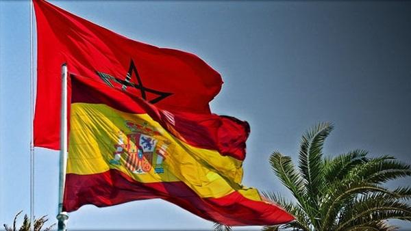 ابن عمدة مليلية السابق يستقطب رؤساء جماعات بالناظور لمنحهم الجنسية الإسبانية و الداخلية تحقق !