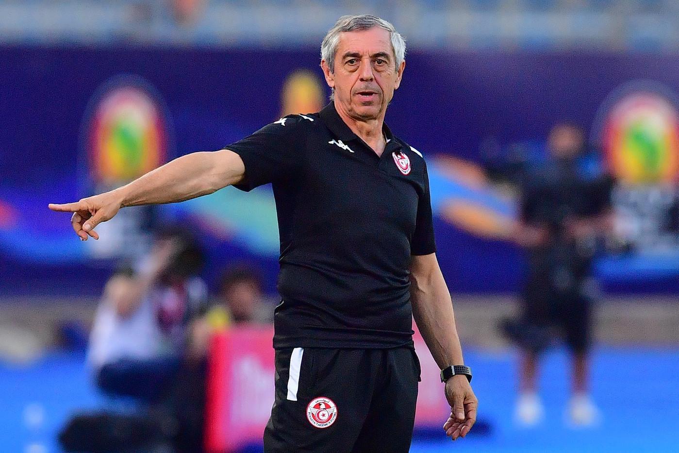 الإتحاد التونسي يفسخ عقد مدرب نسور قرطاج الفرنسي ألان جيريس