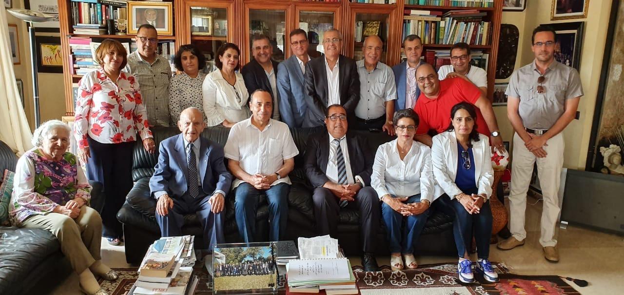 أعضاء المكتب السياسي لحزب الإتحاد الإشتراكي يزورون اليوسفي قبل عقد إجتماعهم