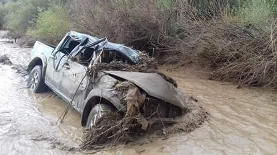 صور/ رئيس جماعة بميدلت ينجو من موت محقق إثر غرق سيارته ليلة العيد !