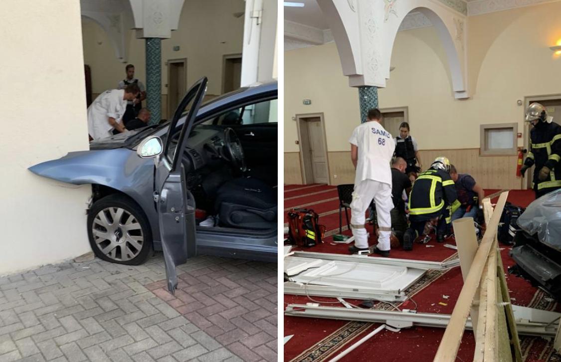 شخصٌ يقتحم مسجداً بسيارته