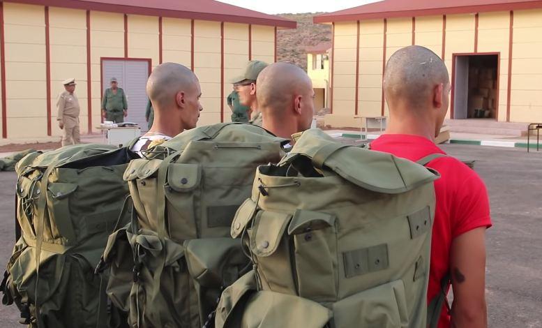 اعتقال أربعة مجندين رفضوا الإنصياع للأوامر العسكرية بثكنات الحاجب و كرسيف !