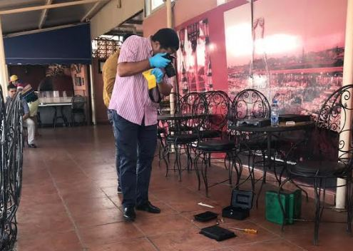 صور/ سرقة مقهى شهير بساحة جامع الفنا بطريقة هوليودية !
