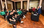 لقجع يزور مقر إقامة المنتخب لتحفيز اللاعبين قبل مباراة موريتانيا !