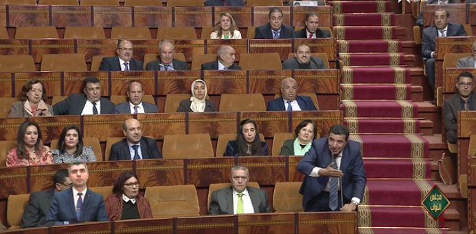 مبديع يرفض الحديث بالأمازيغية داخل البرلمان : مَاكنَعْرَفشْ الشَّلْحة أريد ترجمة فورية !