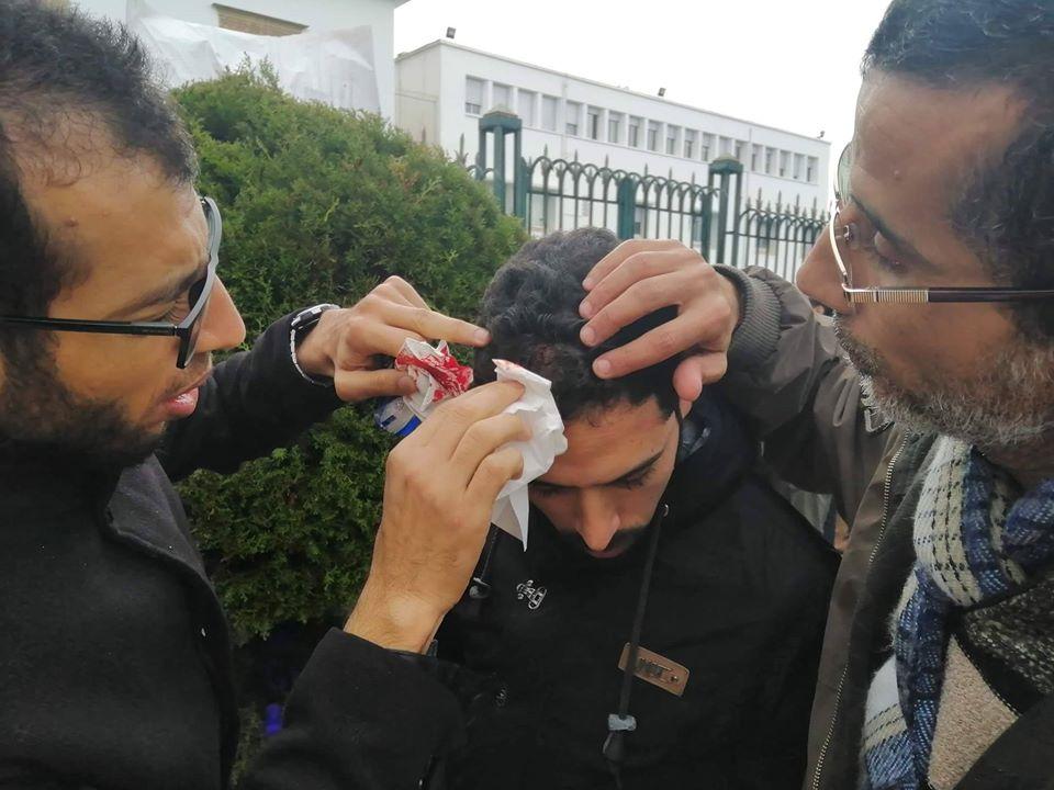 صور/ أساتذة يقتحمون وزارة أمزازي و الأمن يتدخل !