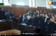 فيديو | بث محاكمة الوزير الأول الجزائري أويحيى على المباشر !