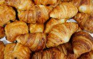 كراجات عشوائية لصناعة الكرواصة و الحلويات تهدد سلامة المغاربة !